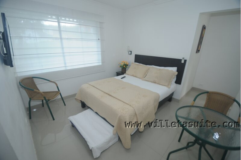 Villeta suite spa for Cama doble con cama auxiliar